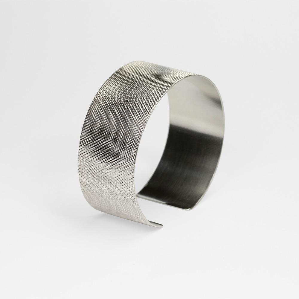 Armspange / Silber geprägt