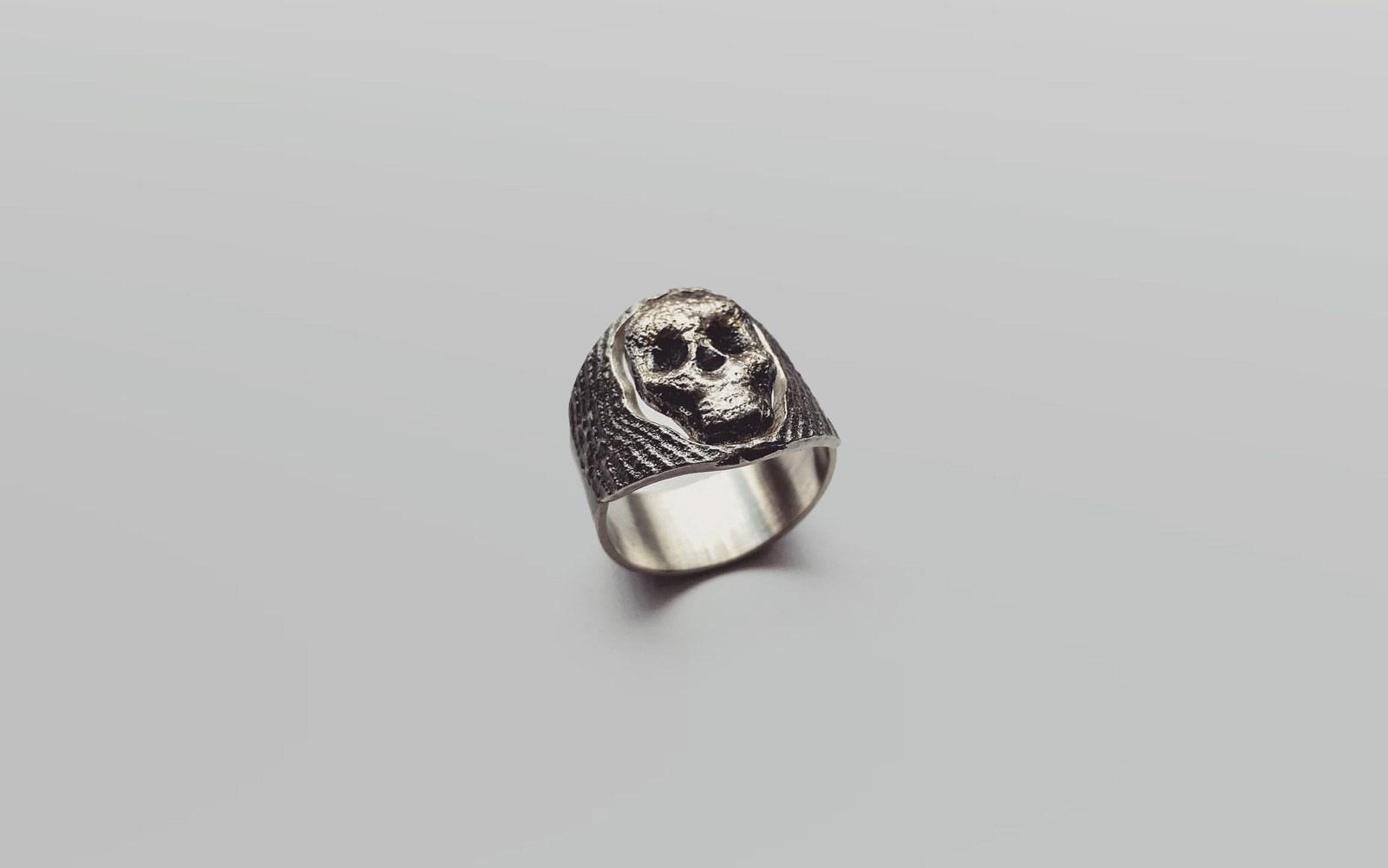 Ring / OssaSepia-Guss Silber