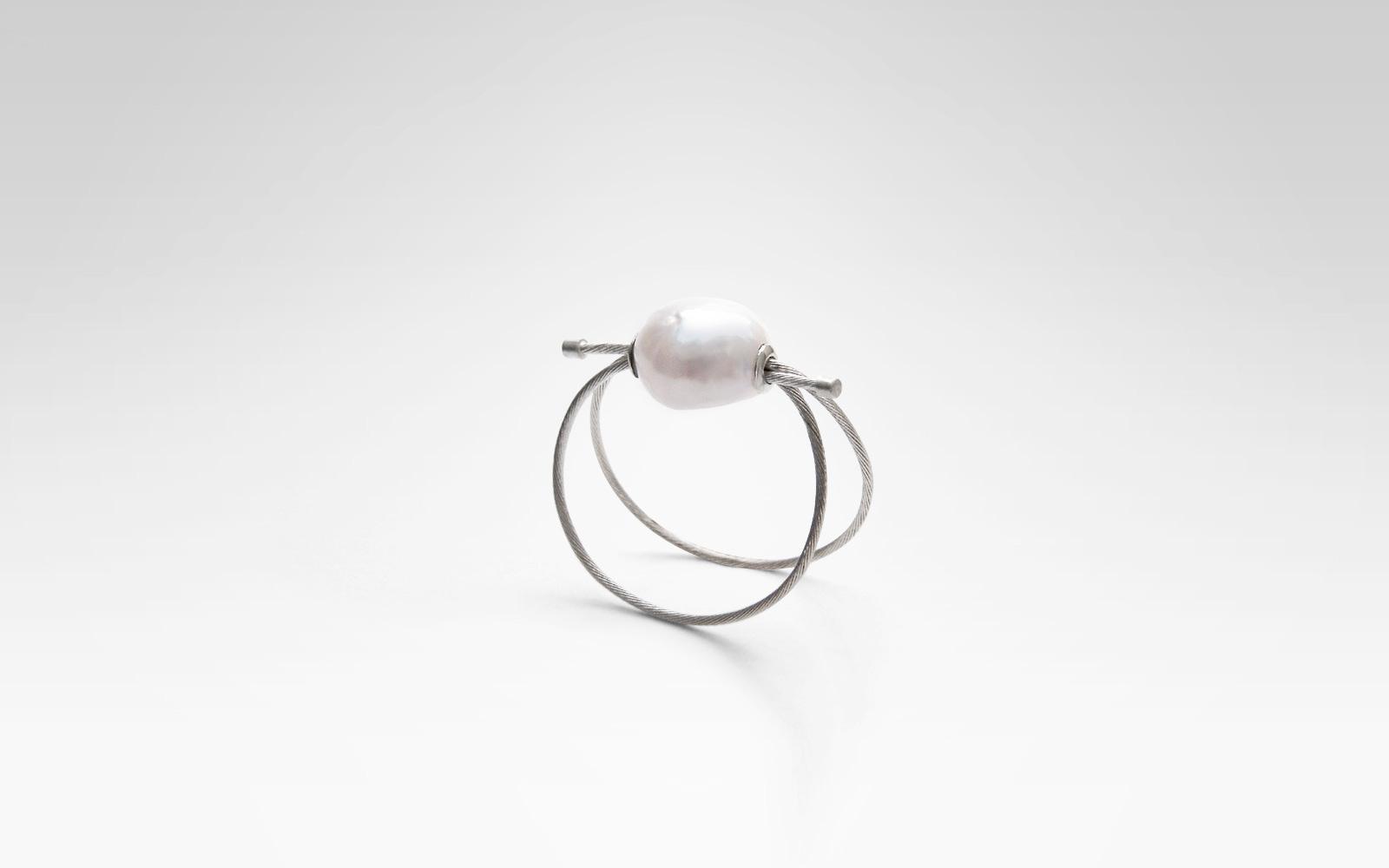Ring / Silber, Barock-Perle